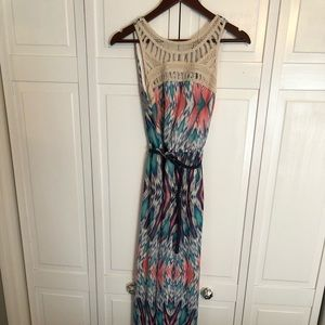 Small Lily Rose Maxi Dress
